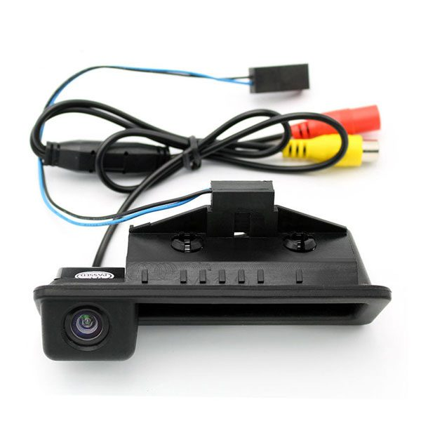 Backup Camera for BMW E82 E88 E84 E90 E91 E92 E93 E60 E61 E70 E71 E72 backup camera & oembackupcam.com