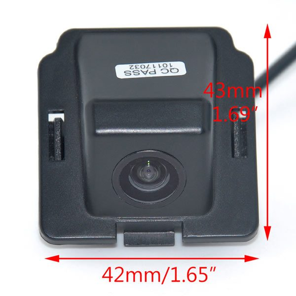 Mitsubishi Outlander Backup Camera dimension & oembackupcam.com