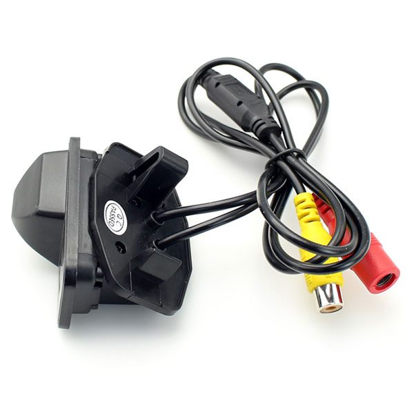 rear view Camera for Toyota Avensis & oembackupcam.com